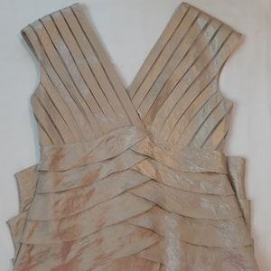 Adrianna Papell v-neck layered tiered midi dress